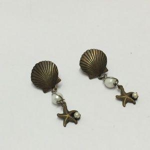 Vintage Jewelry - Cute Sea Shell & Star Fish Dangle Earrings